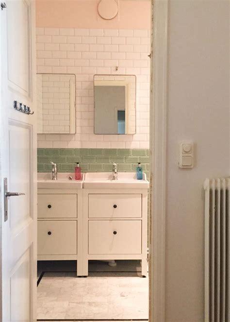 ikea kitchen tiles anitha schulman har m 229 lat v 228 ggen i sitt badrum med rosa 1798