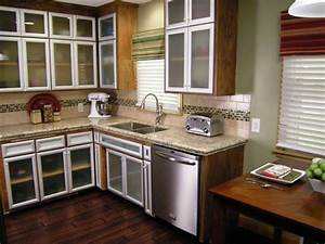 Budget friendly before and after kitchen makeovers diy for What kind of paint to use on kitchen cabinets for low cost wall art