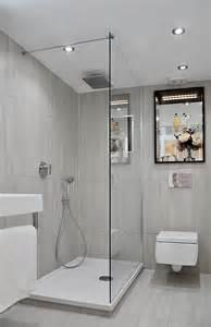 kleines badezimmer mit dusche 42 ideen für kleine bäder und badezimmer bilder