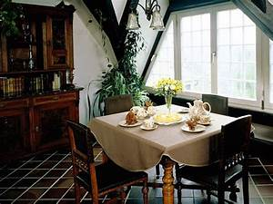 interior decorating ideas for small dining rooms With interiors of small dining room