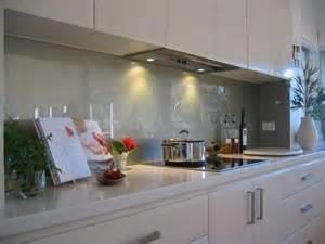 küche spritzschutz glas spritzschutz küche ideen weißen küche ideen kunstop de