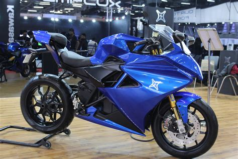 Emflux One Electric Superbike Debuts At Auto Expo 2018