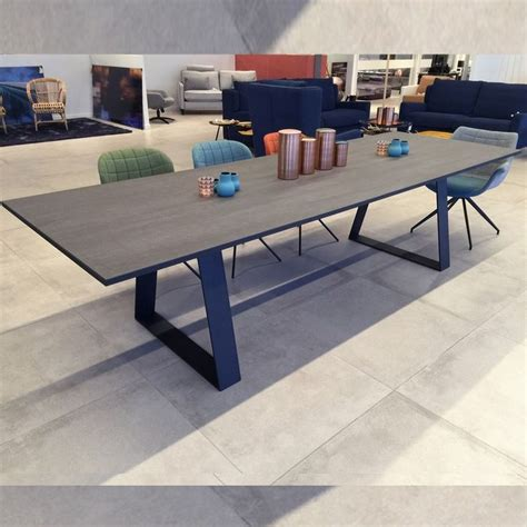 1000 images about tables et chaises on design galleries and tables