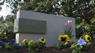 steinbrüche moderne grabsteine aus lichtbeton design grabsteine grabmale