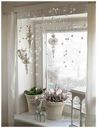 window decorating ideas 70 Awesome Christmas Window Décor Ideas - DigsDigs