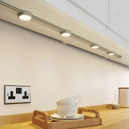 LED Track lights   Kitchen lighting   Howdens Joinery