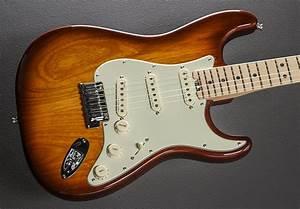 American Elite Stratocaster  Maple