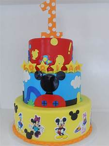 Mickey Mouse and friends (1081) | Three tier cake. Yellow ...