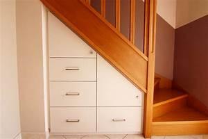 Placard Escalier : installation de placard sous pente grenoble ~ Carolinahurricanesstore.com Idées de Décoration