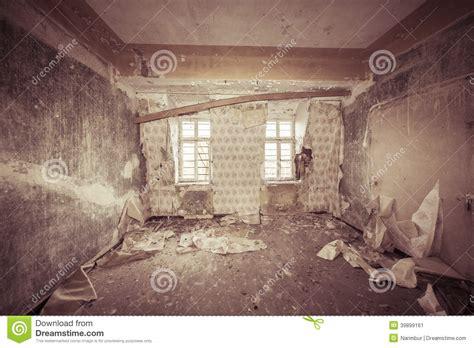 ruinous empty room   wallpapers stock photo image