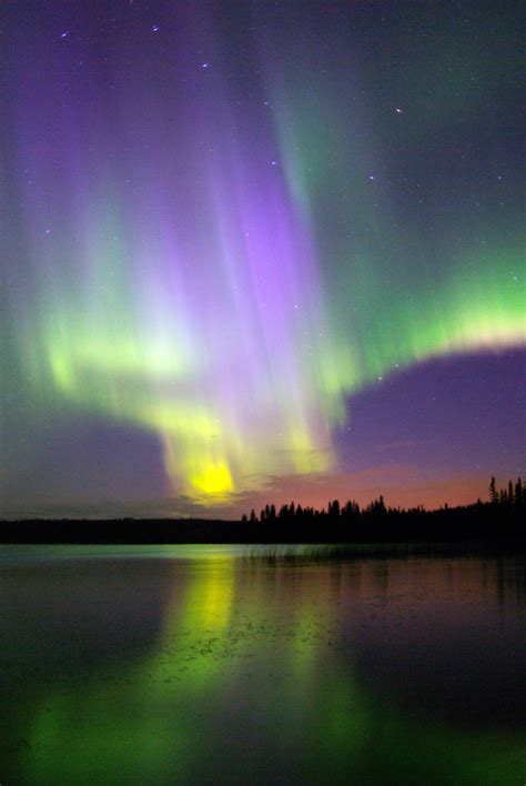 canada northern lights canada holidays tours by adventure world