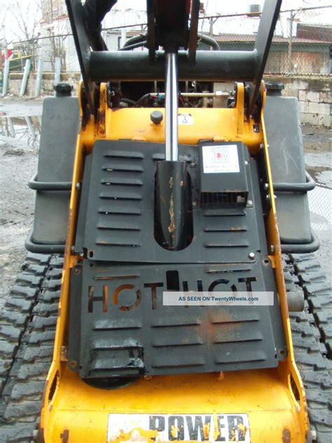 boxer  mini bobcat toro dingo walk  skid steer loader gas track