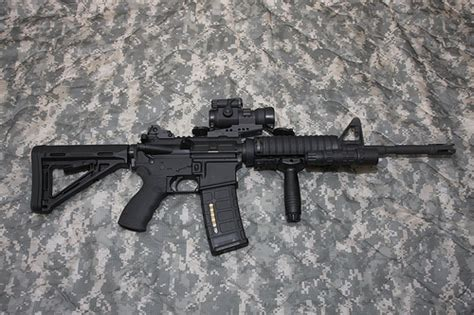 DPMS M4 style AR15 | DPMS M4 style AR15 Magpul MOE stock ...