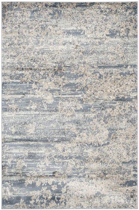 decorating add warmth   room  rustic rug