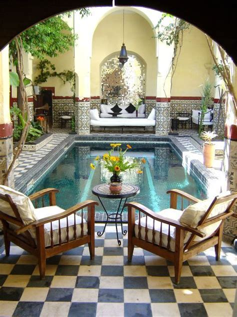 love  interior courtyards  moroccan designs moroccan design minimalist home house