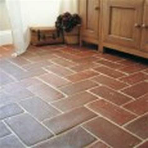 tile kitchen floor  natural terracotta tiles tiling