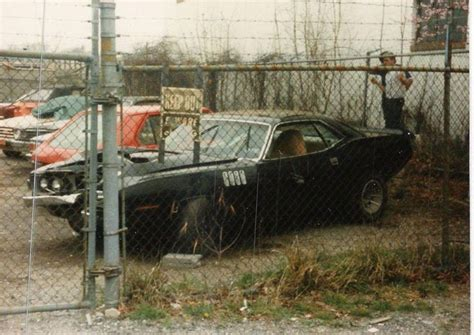 wrecked muscle car pics wanted. | Muscle cars, Car pictures, Car barn
