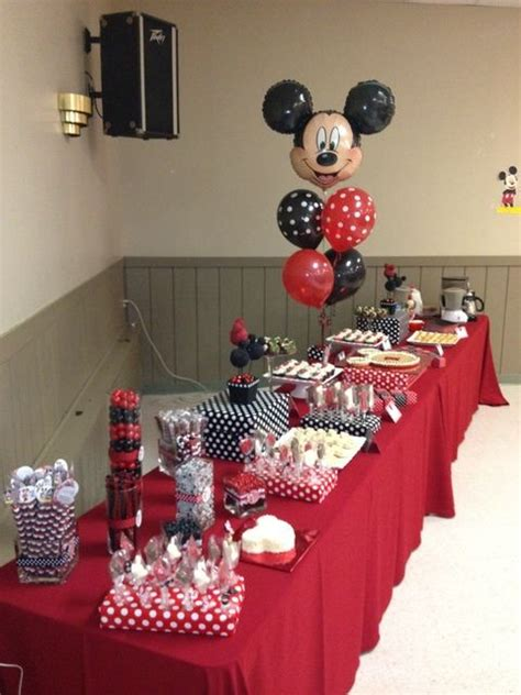 Mickey And Minnie Decorations - best 25 mickey mouse balloons ideas on mickey