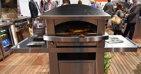pizza ovens  hot   kitchen  backyard