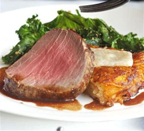 Roast Fillet Of Beef With Shallot & Mushroom Sauce  Bbc