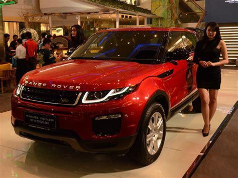 harga range rover evoque  lebih  rp  miliar
