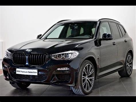 From the very first glance, it impresses with its athletic appearance and fascinates with an exciting driving experience. BMW X3 xDrive20i M Sportpakket - van Osch Halen