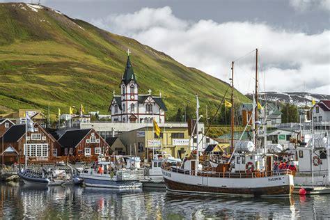 Whale Watching in Húsavík   Iceland For 91 Days
