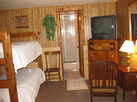 rustic wagon rv cground cabins bunkbeds in the room picture of rustic wagon rv