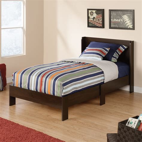platform bed with headboard mainstays parklane platform bed and headboard