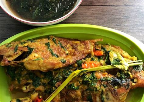 Nah, untuk anda yang berencana untuk membuat nasi liwet dirumah, resep nasi liwet magicom sederhana berikut ini bisa anda jadikan referensi untuk cara membuatnya. Resep Ikan Nila Bumbu Kuning Kemangi Tanpa Santan oleh Farikha Himawati - Cookpad