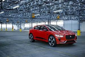 Jaguar I Pace : jaguar i pace concept first test drive video ~ Medecine-chirurgie-esthetiques.com Avis de Voitures
