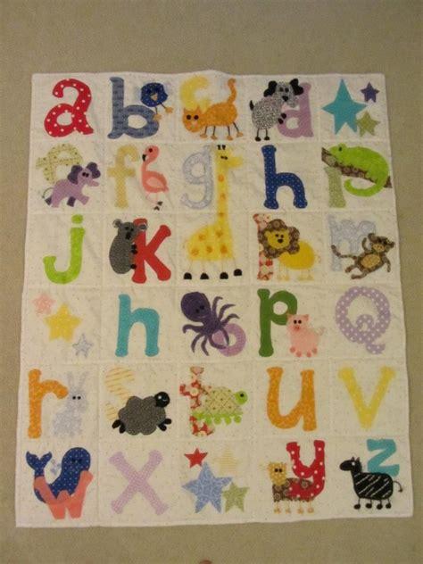 abc letter quilts images  pinterest letters  letter  letter