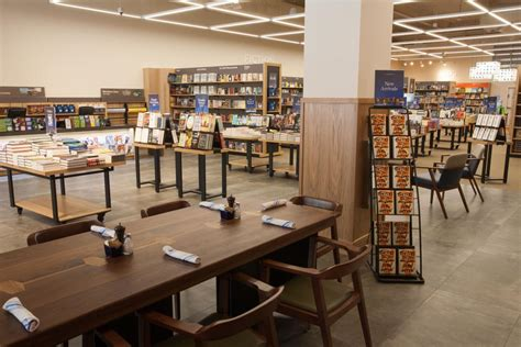 Barnes & Noble Opening New Concept