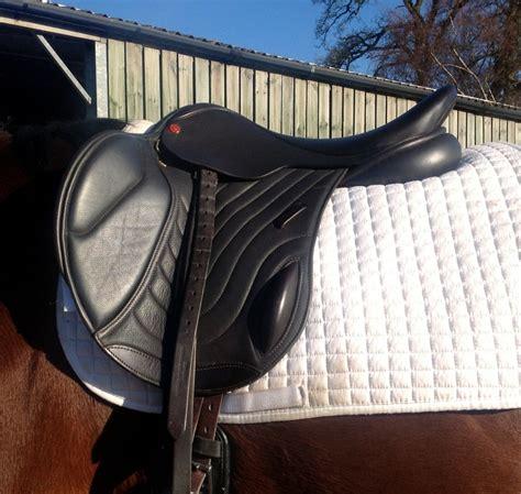 saddle jumping flap mono saddles jump elite comfort elevation wide horses monoflap ponies warmblood options catalogue