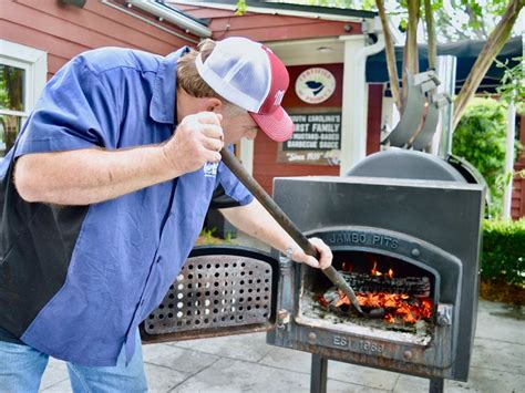 melvins barbecue fresh  classic techniques