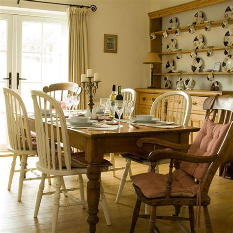Country Dining Room Ideas Uk by Country Dining Room With Farmhouse Table Decorating
