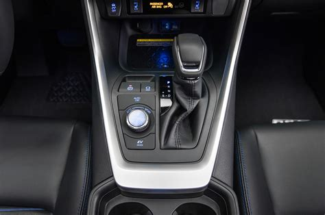 rav4 hybrid toyota console center shifter motortrend know things pizano erika march