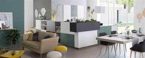 cuisiner a domicile cuisines modernes meubles de salle de bains rangements sur mesure dressing mobalpa