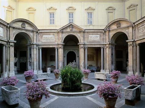 Cortile Belvedere by La Arte