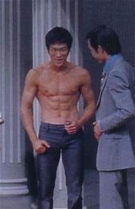 32 best Bruce Lee body beautiful images on Pinterest ...