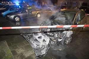 Auto Pasteur : politie doet onderzoek na autobrand louis pasteurstraat in haarlem ~ Gottalentnigeria.com Avis de Voitures