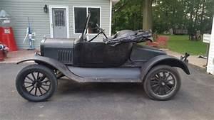 1925 Model T Ford Roadster