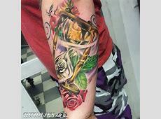 Reloj de arena en el brazo Tatuajes 123