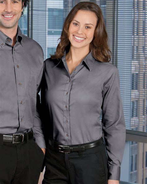 Women Workwear Button Down Shirts Are The Best Option