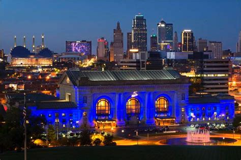 photo gallery kansas city turns up the blue lights for