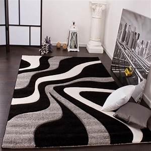davausnet tapis salon rouge blanc noir avec des idees With tapis blanc salon