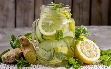 alimento brucia i grassi la bevanda brucia grassi al limone e cetriolo agisce