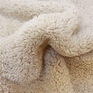 Fausse Fourrure Tissu : fausse fourrure mouton beige x10cm ~ Teatrodelosmanantiales.com Idées de Décoration