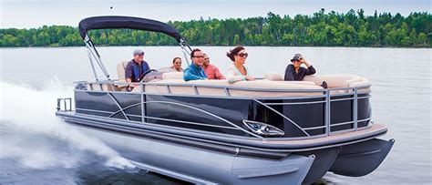 Best Pontoon Boats In Canada by Pontoon Boats Discover Boating Canada