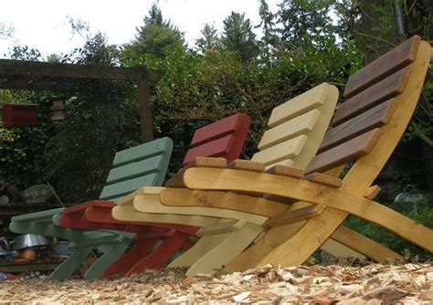 reclaimed wood outdoor furniture roundup